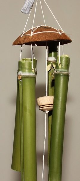 Carillon en bambous et noix de coco